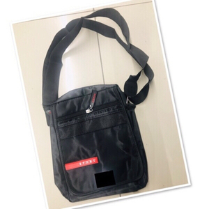 Used Black Sling Bag unisex ♥️ in Dubai, UAE