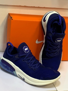 Used Nike joyride navy blue size 41 in Dubai, UAE