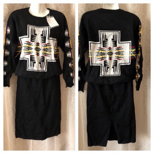 Used Autumn outfit pullover & skirt sizes 4XL in Dubai, UAE