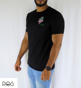 Used Black T-shirt with a flower (NEW) in Dubai, UAE