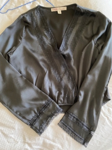 Used Long sleeve black blouse  in Dubai, UAE