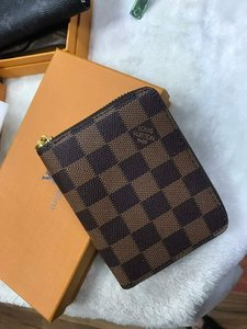 Used LV Wallet with Box (Limited Stocks) in Dubai, UAE