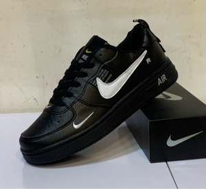 Used Nike Air Force black low cut 43, size  in Dubai, UAE