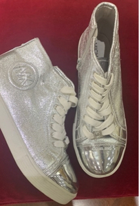 Used MK sneakers size 36  in Dubai, UAE