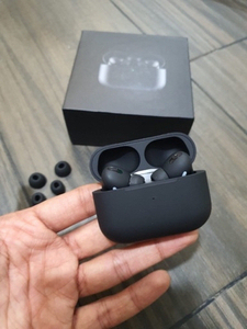Used Airpod Pro Genuine Premium Copy Black in Dubai, UAE