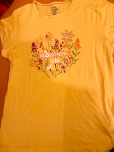 Used T-shirt from splash, size 14 never tried in Dubai, UAE