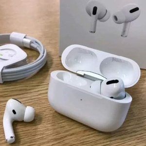 Used AirPodpro Master Copy Best quality in Dubai, UAE