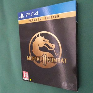 Used Mortal Kombat 11 ( steel box edition ) in Dubai, UAE