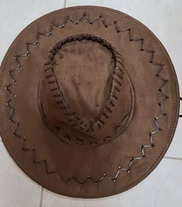Used Cowboy hat in Dubai, UAE