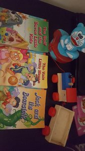 Used story books and toys free... in Dubai, UAE