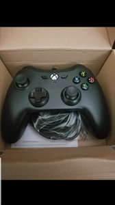 Used wired Microsoft xbox one controller in Dubai, UAE
