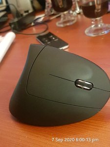 Used Ergonomic Mouse In Box LAST in Dubai, UAE