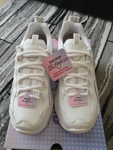 Used Skechers d lites for women in Dubai, UAE