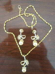 Used Zircon Jewelry set in Dubai, UAE