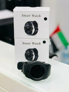 Used SMART WATCH  /  MEMORY CARD / SIM SLOTS in Dubai, UAE