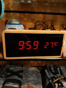 Used New - Digital Sleek Wooden Clock ⌚ in Dubai, UAE