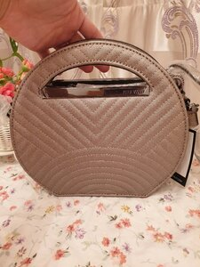 Used Nine West Circle Top Bag (NEW) in Dubai, UAE