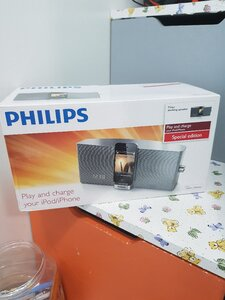 Used Philips Docking Speaker Play and Charge in Dubai, UAE