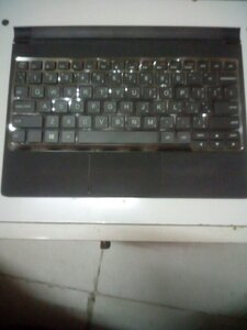 Used LENOVO BLUETOOTH KEYBOARD, MODEL:BKC800 in Dubai, UAE