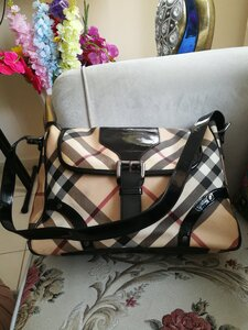 Used AUTHENTIC BURBERRY SHOULDER BAG.. in Dubai, UAE