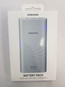 Used Samsung power bank 10000mah,15w,type c in Dubai, UAE