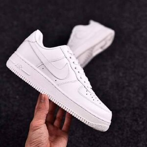 Used Nike airforce,  white, size 44 in Dubai, UAE