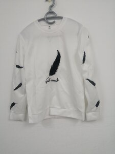 Used Letter and Feather printed sweatshirt in Dubai, UAE