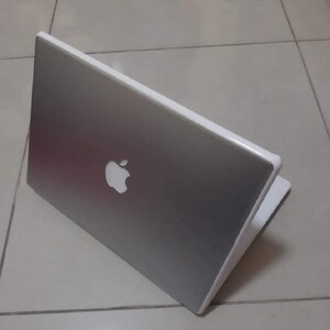 Used APPLE MACBOOK A1181 MODEL 4GB RAM 320HDD in Dubai, UAE