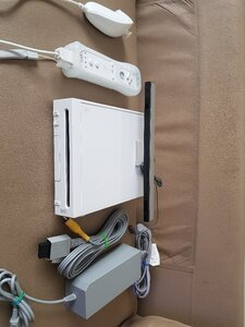 Used Modified Nintendo wii with 25+ games in Dubai, UAE