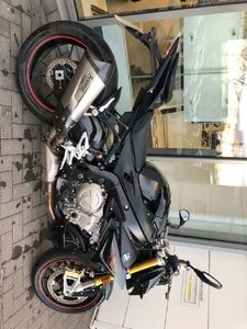 Used Black bmw bike X5 available in Dubai, UAE