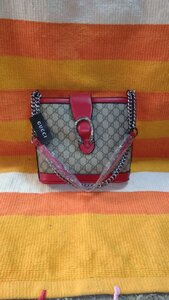 Used Gucci shoulder bag new in Dubai, UAE