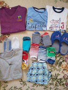 Used Clothes for 6-7 yrs old in Dubai, UAE