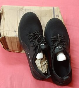 Used Safety shoes sneakers, size 48 ! in Dubai, UAE