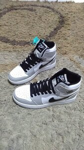 Used Nike Air Jordan 1 size 39 new in Dubai, UAE