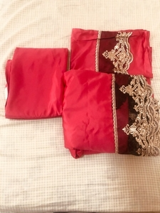 Used Bedsheet 2.0cm by 2.0 cm wide in Dubai, UAE