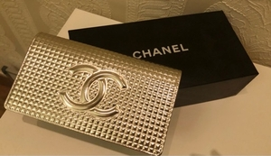 Used Chanel Wallet with Authenticity Card in Dubai, UAE