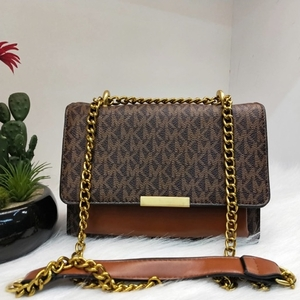 Used Mk bag high quality in Dubai, UAE