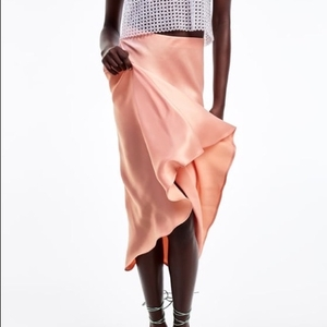 Used Zara Skirt New with tags size S/M in Dubai, UAE