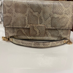 Used Snake skin Hand Bag in Dubai, UAE