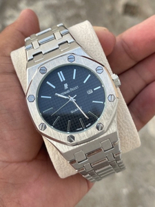 Used AP Elegant Watch in Dubai, UAE