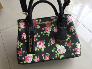 Used new CHRISTIAN SIRIANO bag in Dubai, UAE