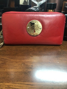 Used Mulberry preloved wallet  in Dubai, UAE