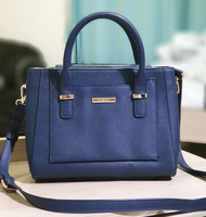 Used VINCCI bag in Dubai, UAE