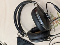 Used Sennheiser Momentum Headphones in Dubai, UAE