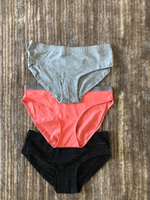 Used Panties for a girl size 9-10 years old  in Dubai, UAE