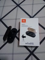 Used JBL earbuds-true copy in Dubai, UAE