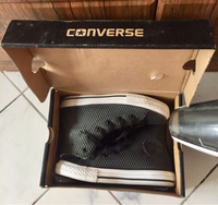 Used Authentic Converse Kids size 12 1/2 in Dubai, UAE