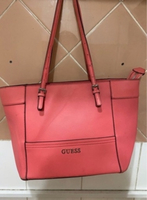 Used Guess tote bag in Dubai, UAE