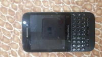 Used Two blackberry phones in Dubai, UAE