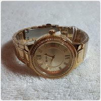 Used Beautiful Golden watch for her brand New in Dubai, UAE